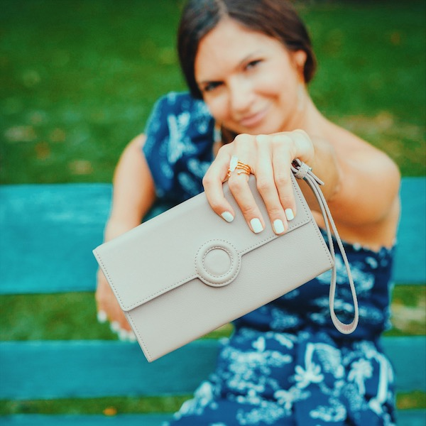 The minimalist leather bag for every occasion: Mo!
