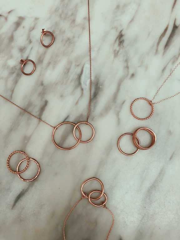 rose minimalist jewelry
